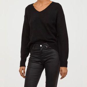 H&M Fine Knit Black Sweater